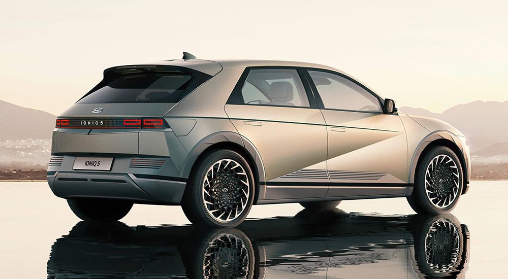 Hyundai-Ioniq5-reveal-rear