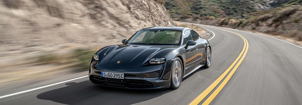 Porsche-Taycan-TopEVs
