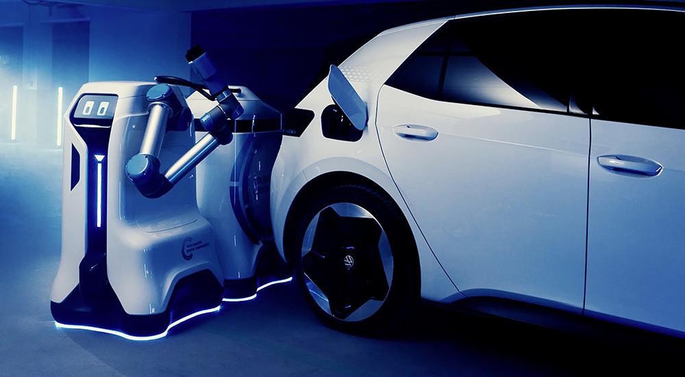 VW-mobilechargingrobotprototype-charging