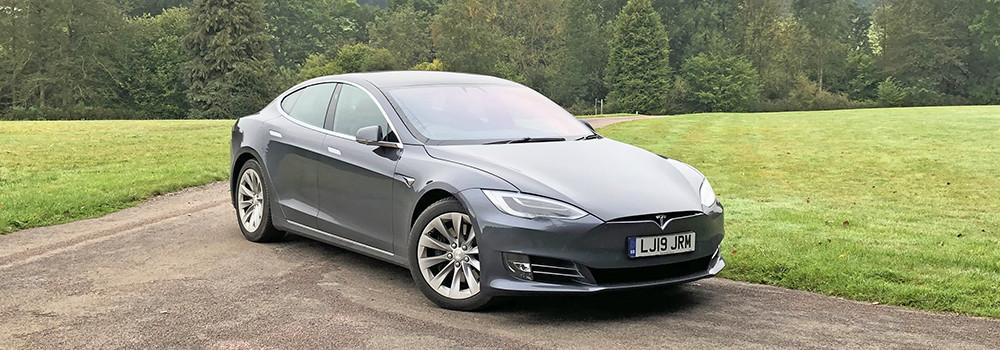Tesla-ModelS-TopEVs