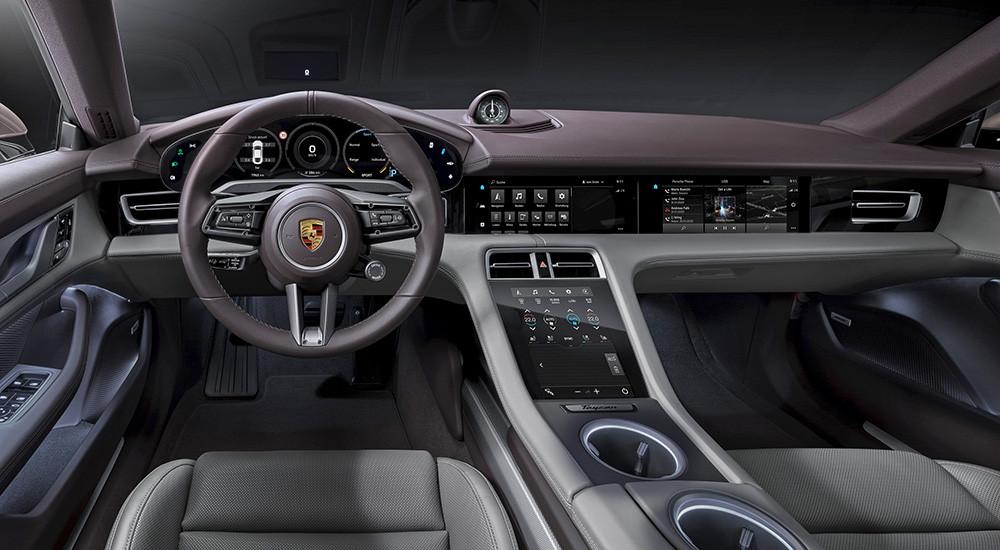 Porsche-TaycanRWD-reveal-interior
