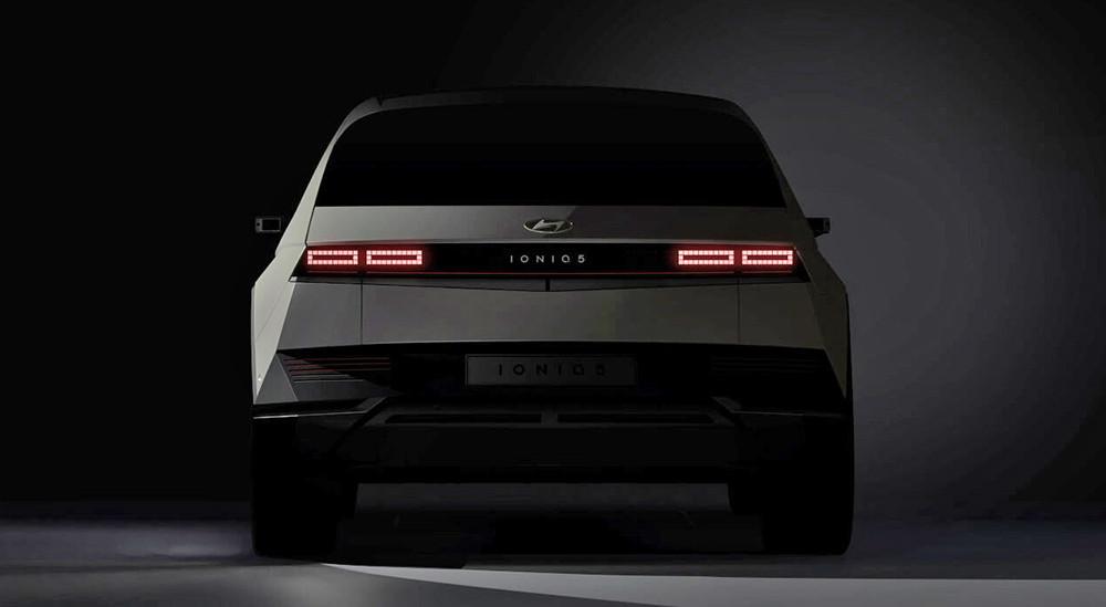 HyundaiIoniq5teaser-rear