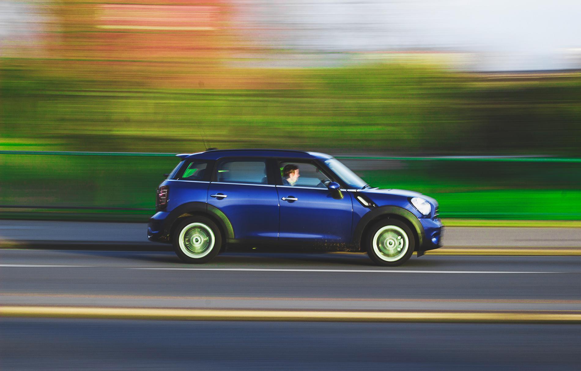 road-car-fast-speed-20411